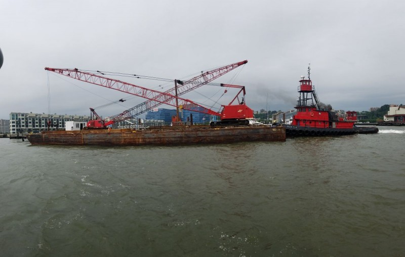 Cranes for barge picking